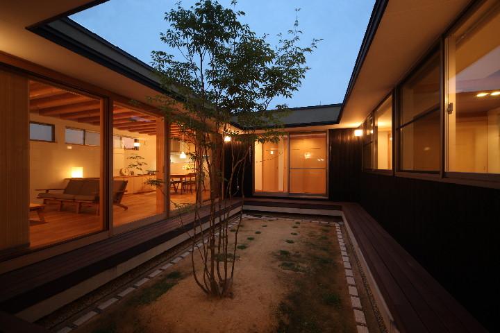 「平子山の家」の写真をHPにUPしました。_b0179213_19571330.jpg