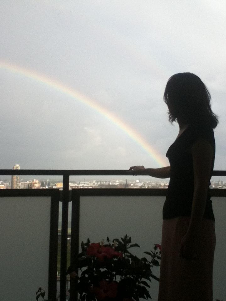 虹と満月_f0095325_12142040.jpg