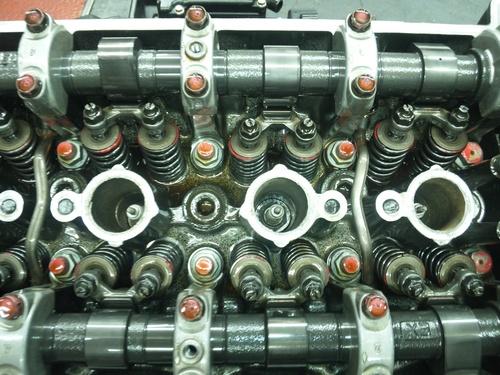 GPZ900R エンジンオーバーホルですなっ。その2_a0163159_23391774.jpg