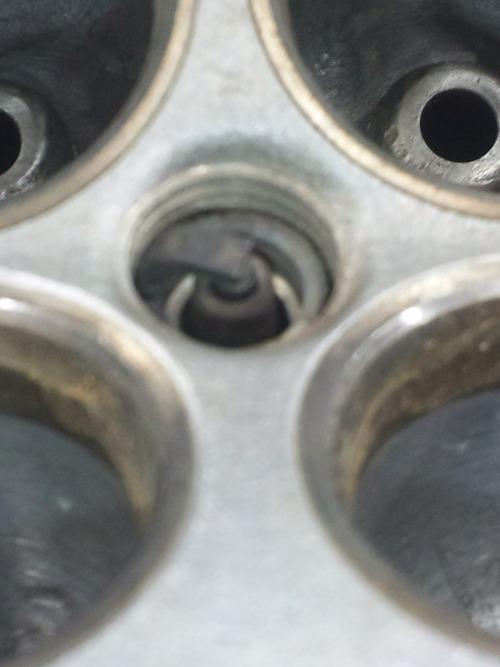 GPZ900R エンジンオーバーホルですなっ。その2_a0163159_23423368.jpg