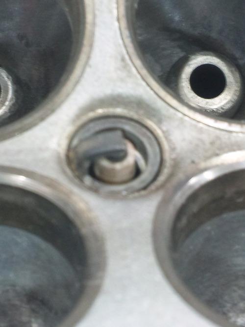 GPZ900R エンジンオーバーホルですなっ。その2_a0163159_234293.jpg
