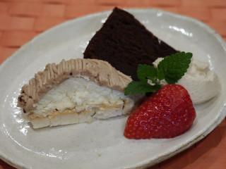 18年目の結婚記念日に買ったケーキ☆_e0159185_20393668.jpg