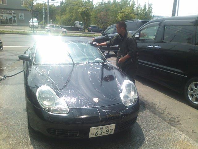 ランクルトミー札幌店(^o^)展示場洗車_b0127002_12334933.jpg