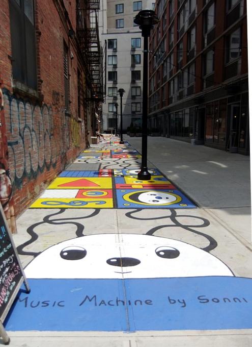 超かわいいストリート・アートがニューヨークに新登場 Music Machine by Sonni_b0007805_13251100.jpg