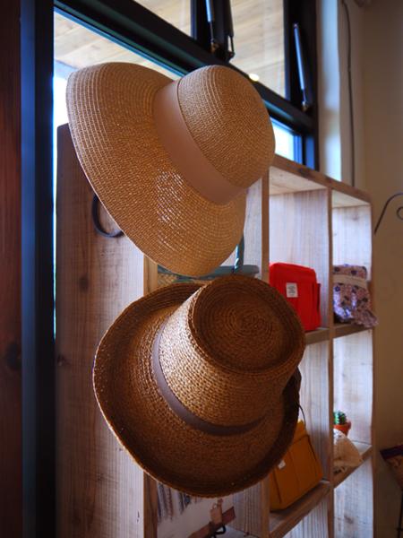 帽子が再入荷しています♪_d0237564_1637430.jpg