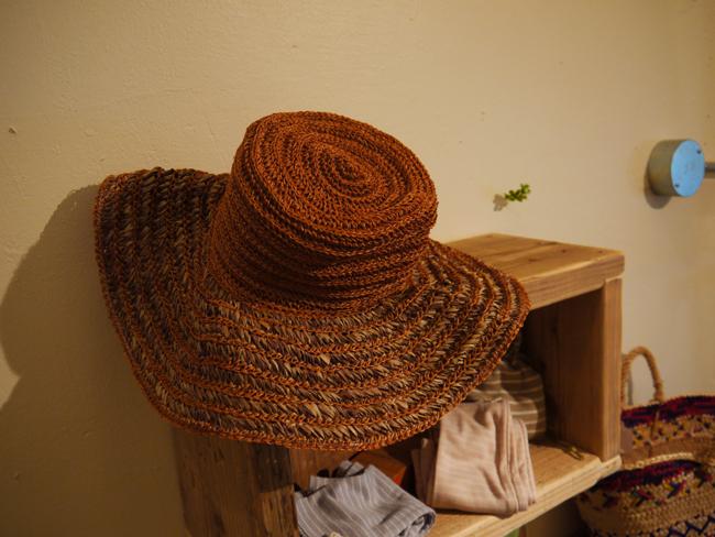 帽子が再入荷しています♪_d0237564_16381037.jpg