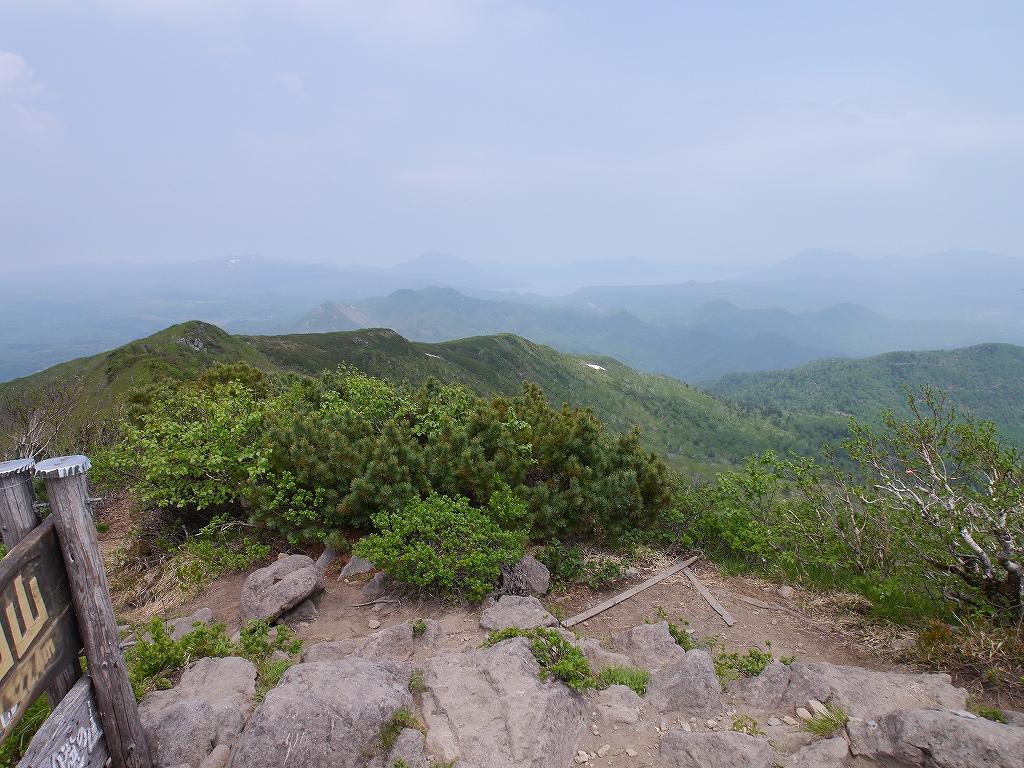 6月5日、徳舜瞥山とホロホロ山_f0138096_2336050.jpg