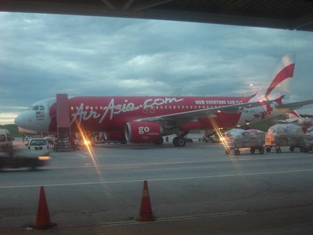 アジアのハブ空港から・・・。_f0036534_22541668.jpg