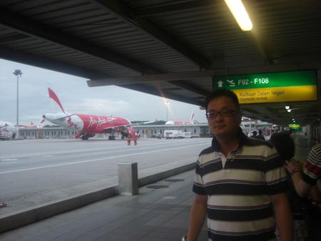アジアのハブ空港から・・・。_f0036534_22591036.jpg