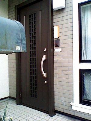 玄関ドアのリフォーム_b0230638_15221629.jpg