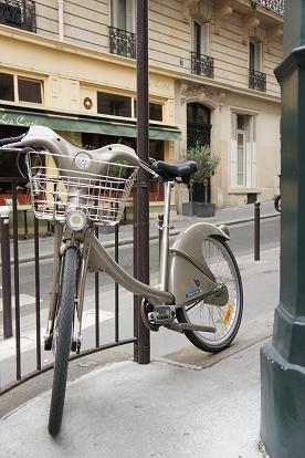 パリ 凱旋門~歩く_b0060363_1524247.jpg