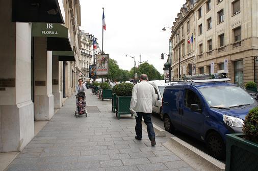 パリ 凱旋門~歩く_b0060363_1583951.jpg