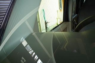 飛び石 フロントガラス補修_c0091593_1421289.jpg