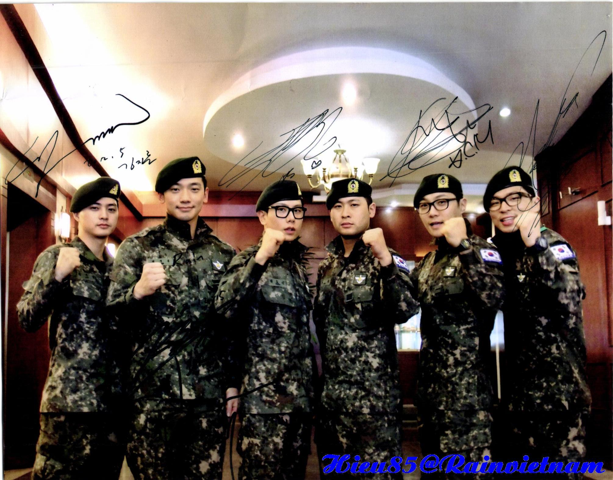 軍入隊したトップスターが海の向こうの済州島で一席に!_c0047605_23444217.jpg