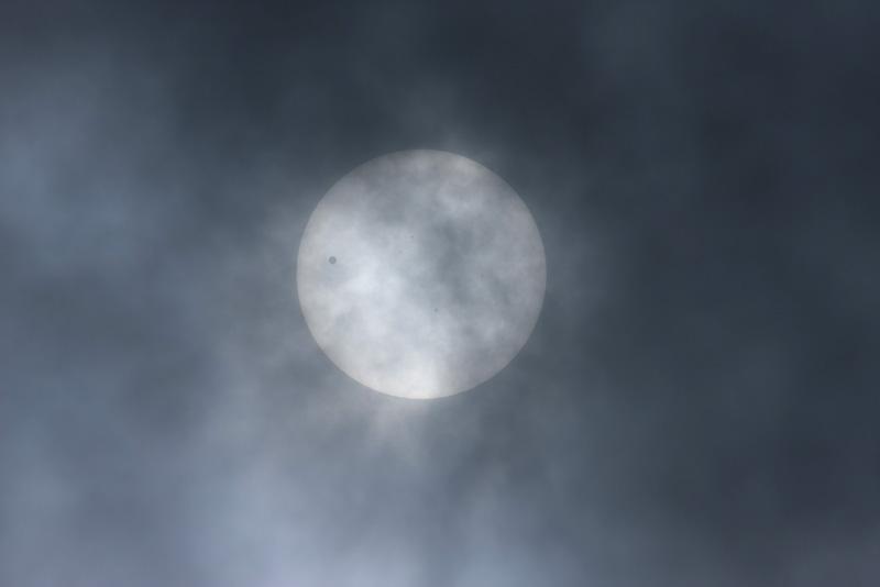 太陽面を通過する金星_a0087133_14784.jpg