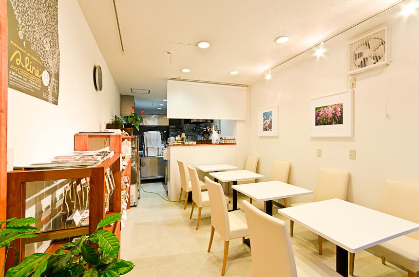 コーヒーカラーズ青森新町八甲通り店リニューアルです!_a0143042_13261371.jpg