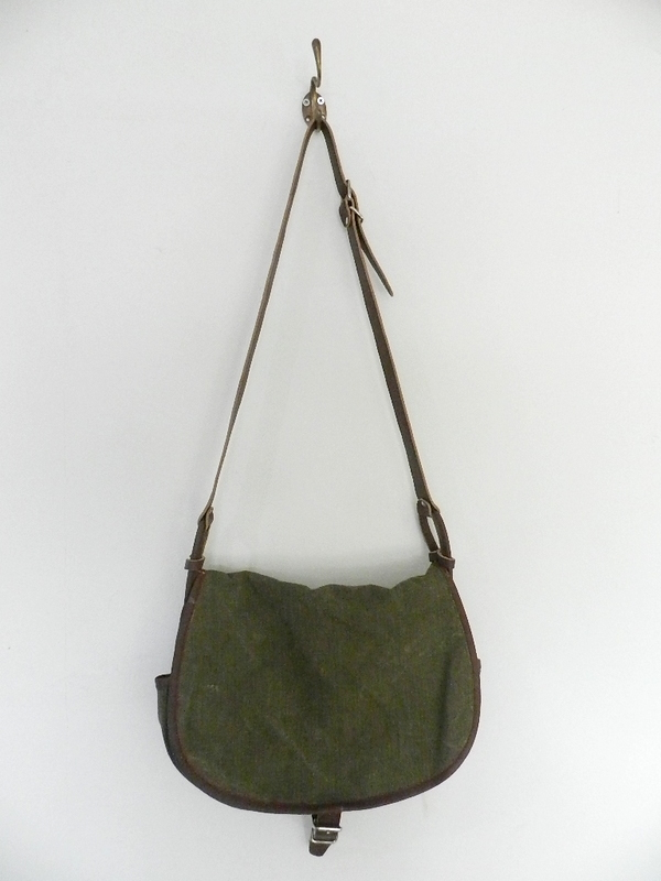 SQUAT original reproduction hunting bag with vintage linen_f0226051_12145141.jpg