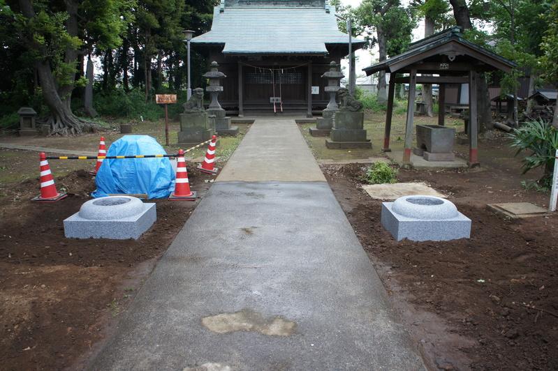 千駄堀・香取神社 鳥居新築工事  2012.5.29_e0223769_19581841.jpg