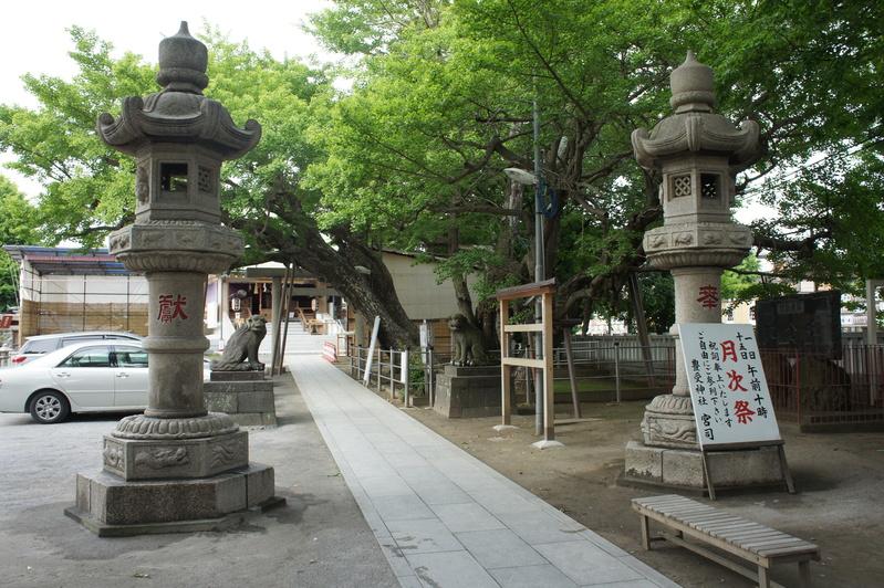 浦安・豊受神社 神前燈籠改修工事  2012.5.30~31_e0223769_2052262.jpg