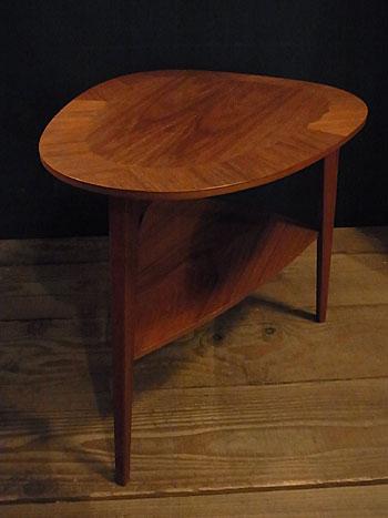 side table_c0139773_16382694.jpg