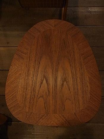 side table_c0139773_16384711.jpg