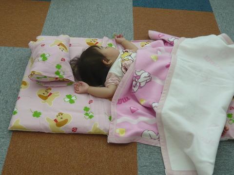 託児室って楽しいね♪_b0228113_14593147.jpg