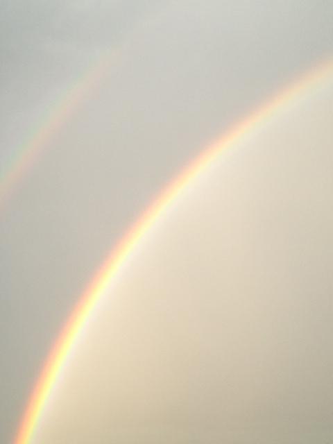 虹が続きますね~_f0095325_20452131.jpg
