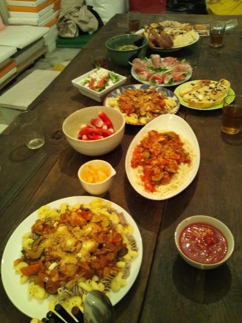 今日のキッチン、パワーディナー?!_d0058440_1252333.jpg