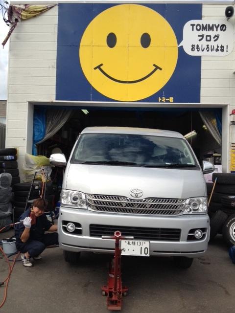 ランクル TOMMY店☆6月10日!!_b0127002_2281621.jpg