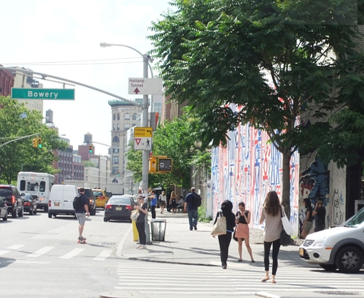 NYのストリートアート密集地、イースト・ビレッジ南端のお散歩風景_b0007805_23532073.jpg