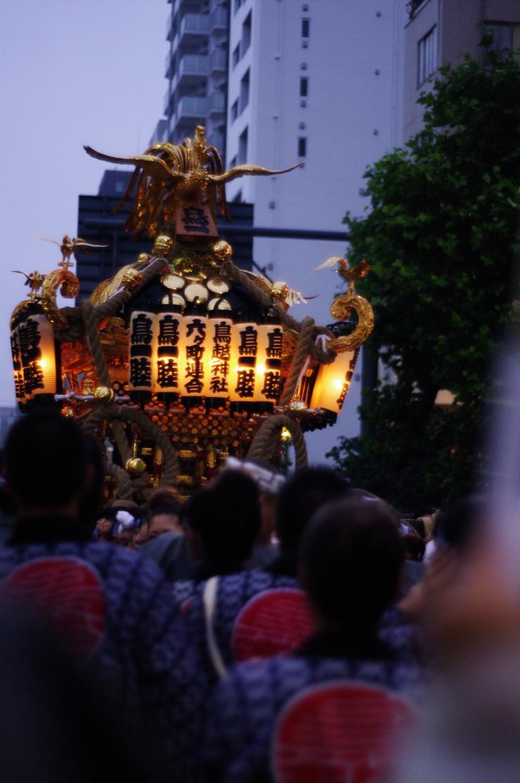 鳥越祭り_e0134658_15275520.jpg