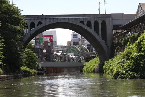 聖橋を見上げる_a0157159_19173854.jpg