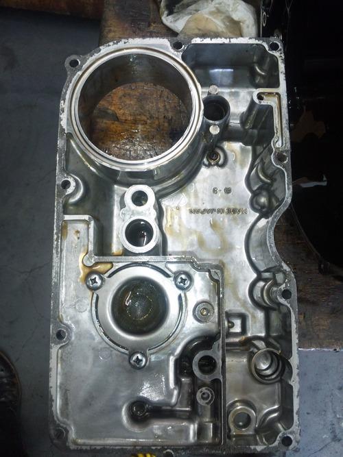 GPZ900R エンジンオーバーホルですなっ。その3_a0163159_21565546.jpg