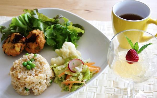 初夏の自家製野菜ランチ_c0125702_19212639.jpg