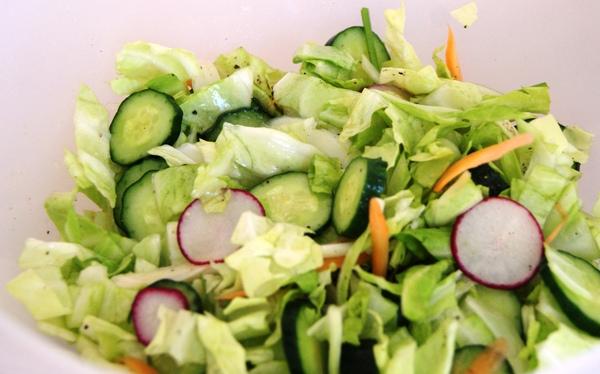 初夏の自家製野菜ランチ_c0125702_1942358.jpg