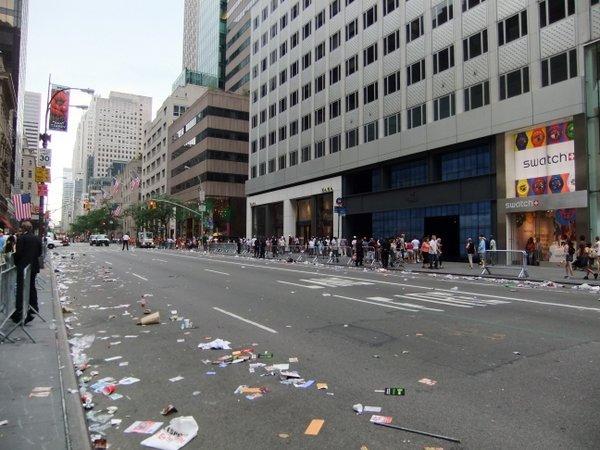 パレードの後_c0064534_13215389.jpg
