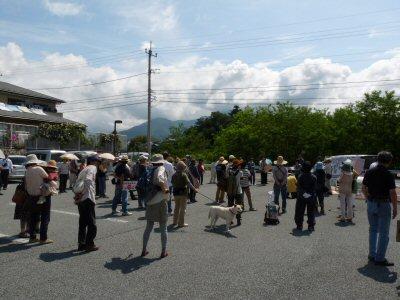 「はじめのいっぽパレード」市役所へ_f0019247_18584885.jpg