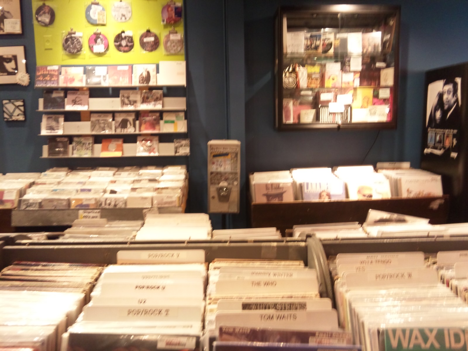 RECKLESS RECORDS(CHICAGO)_a0087389_2212355.jpg