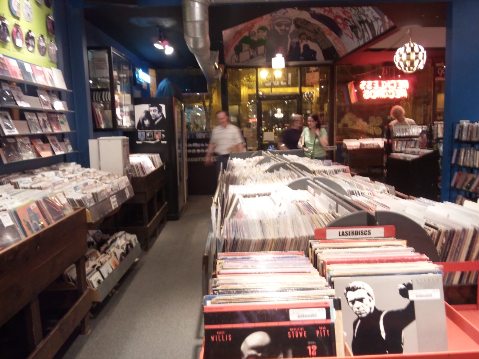 RECKLESS RECORDS(CHICAGO)_a0087389_2212962.jpg
