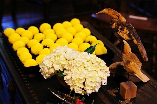 2012 横浜山手西洋館 ~花と器のハーモニー~ 山手234番館_b0145398_2201490.jpg
