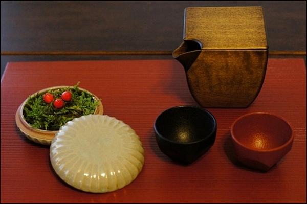 2012 横浜山手西洋館 ~花と器のハーモニー~ 山手234番館_b0145398_2251125.jpg