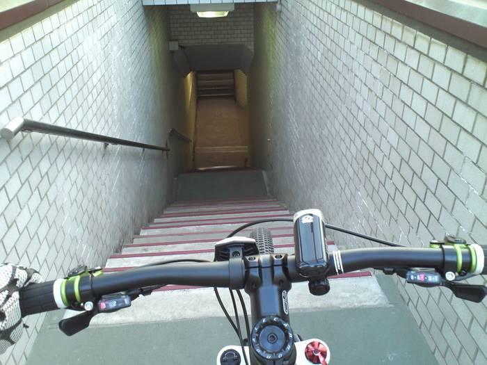 Go !  Go !    Down  Hill_c0226202_19211881.jpg
