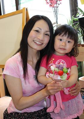3歳のお嬢さんとパフェ作り_d0227610_22533335.jpg