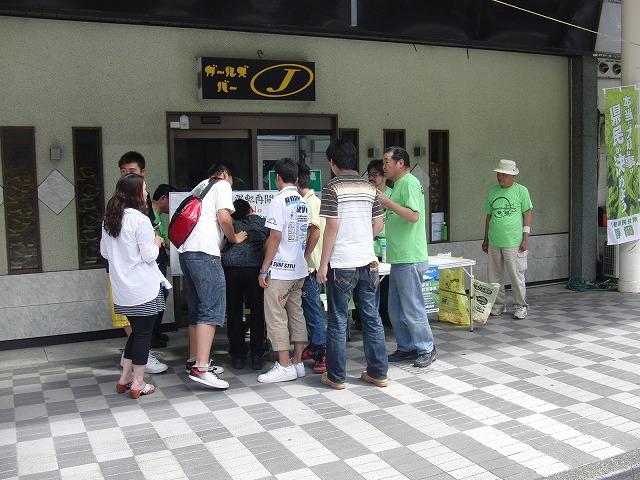 吉原の「てんのさん」で浜岡原発再稼動の是非を問う県民投票に向けた街頭署名を_f0141310_882794.jpg