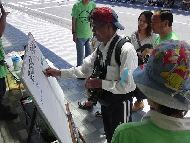 吉原の「てんのさん」で浜岡原発再稼動の是非を問う県民投票に向けた街頭署名を_f0141310_89485.jpg