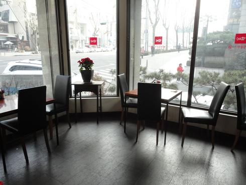 冬のソウル旅行♪ その26 「チョンダムのお菓子屋さんWien」_f0054260_1844407.jpg