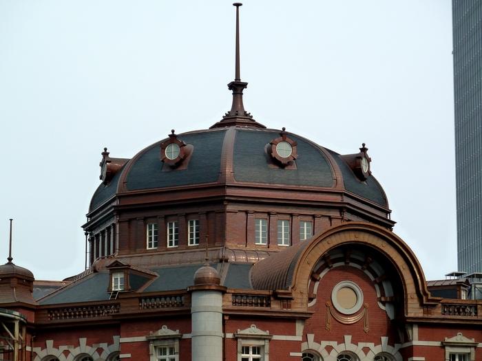 改装中の東京駅_b0093088_1171010.jpg