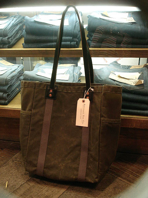"NEW : ARTIFACT BAG CO. ""Utility Tote\"" Handmade in Omaha, Nebraska!!_a0132147_213077.jpg"