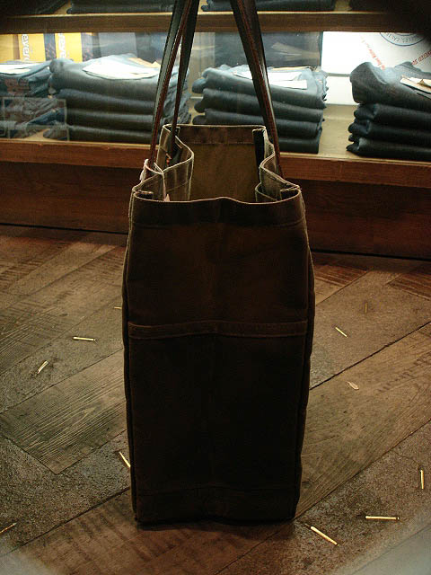 "NEW : ARTIFACT BAG CO. ""Utility Tote\"" Handmade in Omaha, Nebraska!!_a0132147_291922.jpg"