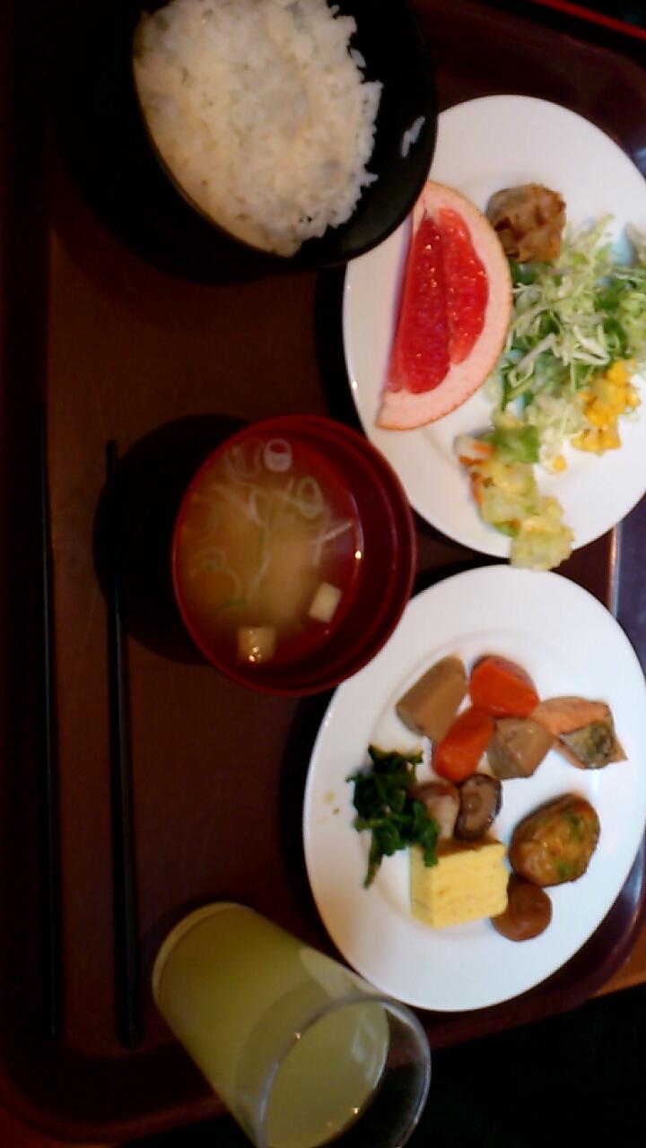 ホテルグレイスリー札幌の朝食_b0106766_23333397.jpg